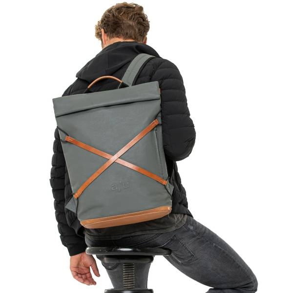 Aunts and Uncles Osaka Backpack Gravity Grey